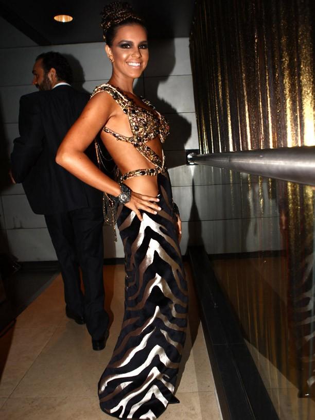 img_1957_1 Pré Carnaval Baile da Vogue : Make e Fantasias