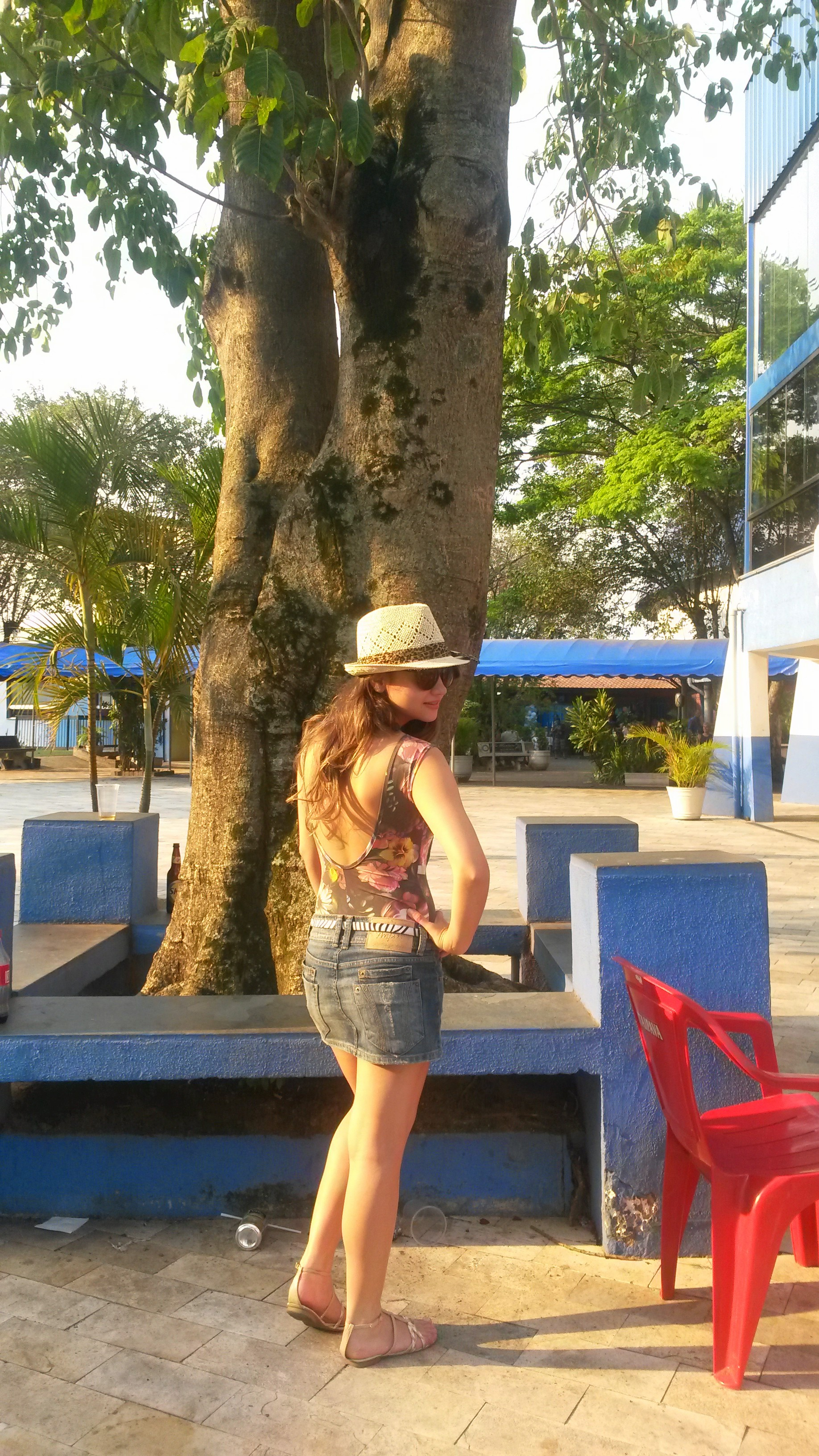 20141012_162810 Look do dia: Body + Saia jeans