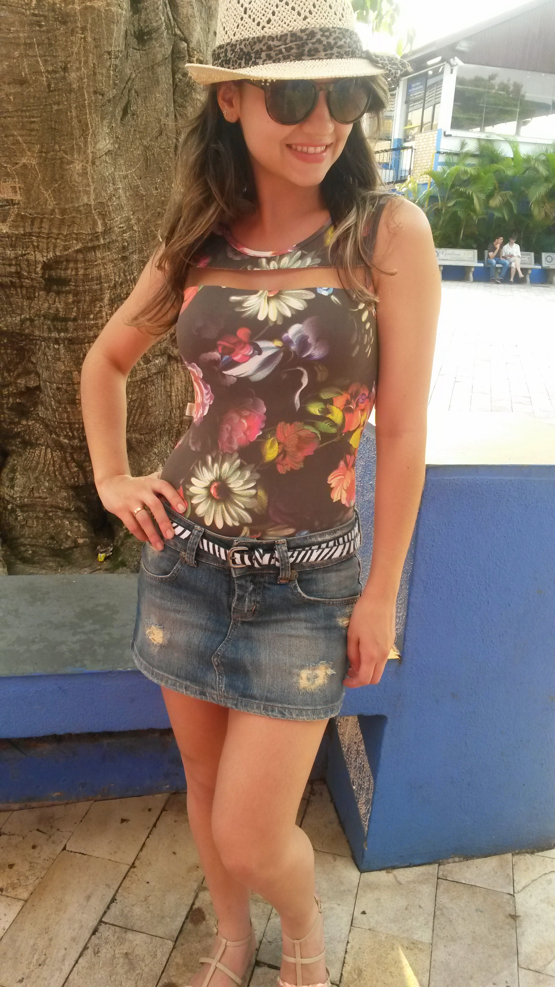 20141012_162920 Look do dia: Body + Saia jeans