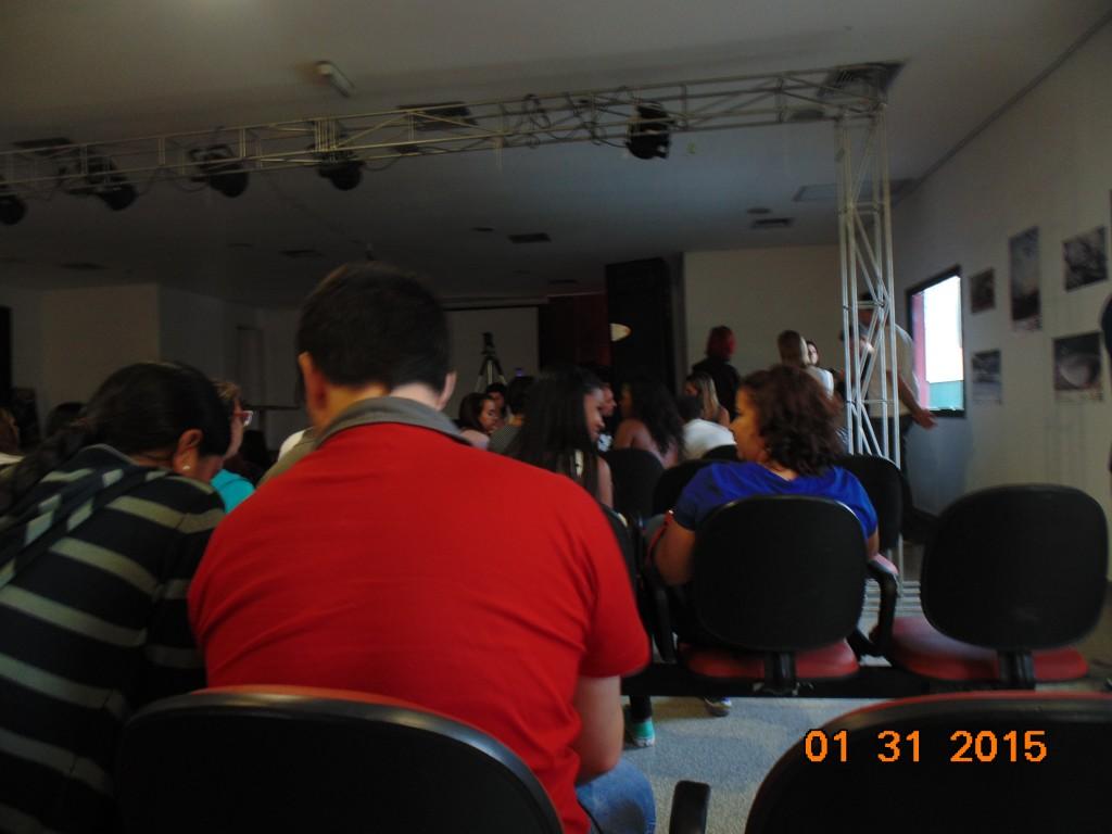 DSC01565-1024x768 Look da Ká: Franjas + espadrille