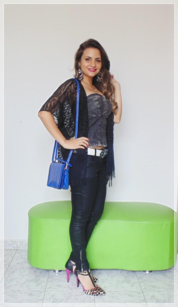 DSC02083-592x1024 Look da Ká: sombrio preto da vez  + top jeans + kimono