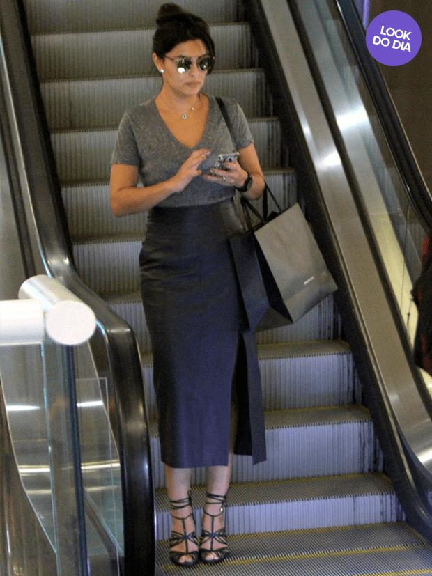 look-do-dia_3_5 Moda de Rua: Saia Lápis com Fenda