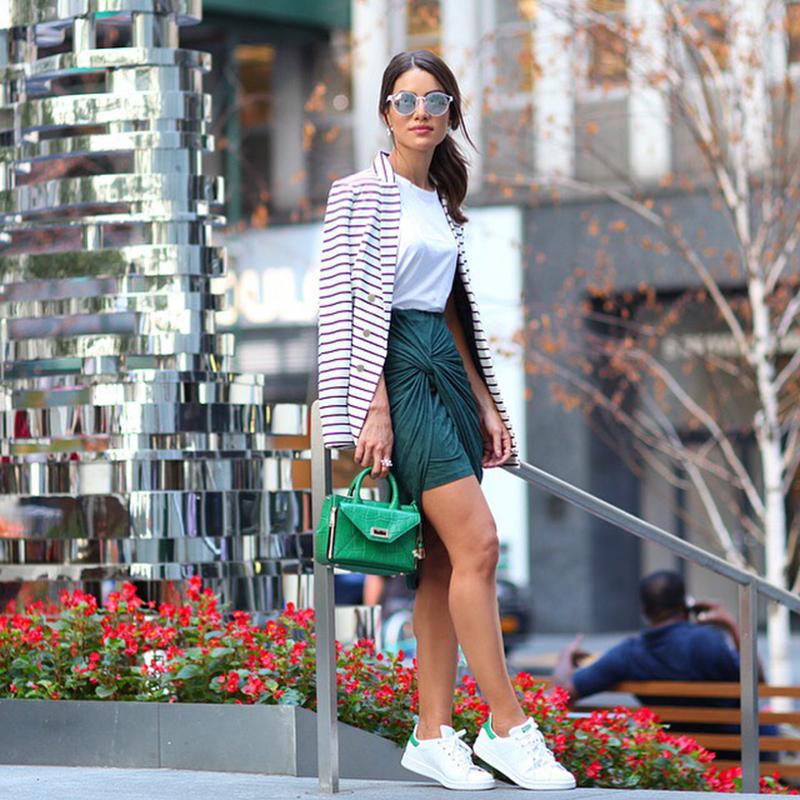 camila-coelho-achado-chique-tenis Moda de rua: Onde comprar? Tênis para looks fashions!!
