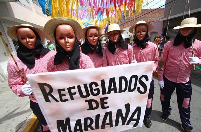 03-2 Moda de rua: Looks Bafonicos de Carnaval