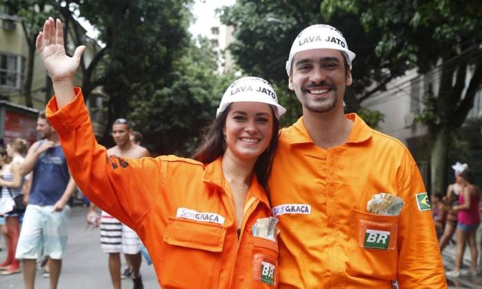 2015-791671508-2015021618108.jpg_20150216 Moda de rua: Looks Bafonicos de Carnaval