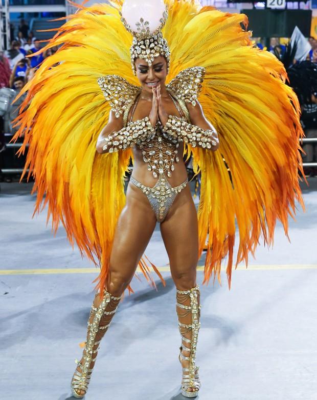 sabrina3 Moda de rua: Looks Bafonicos de Carnaval