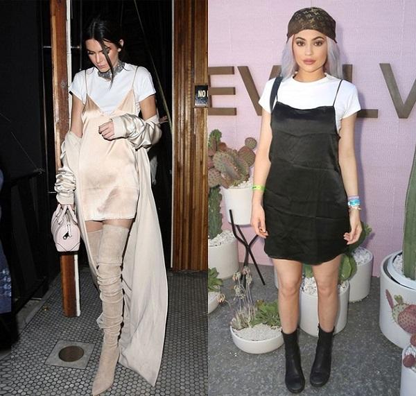 kendal-e-kylie-jenner-kardashians-usando-tendencia-slip-dress-com-camiseta-moda-sem-limites-1 Look da Ka: Vestido para dormir e sair -  Slip Dress