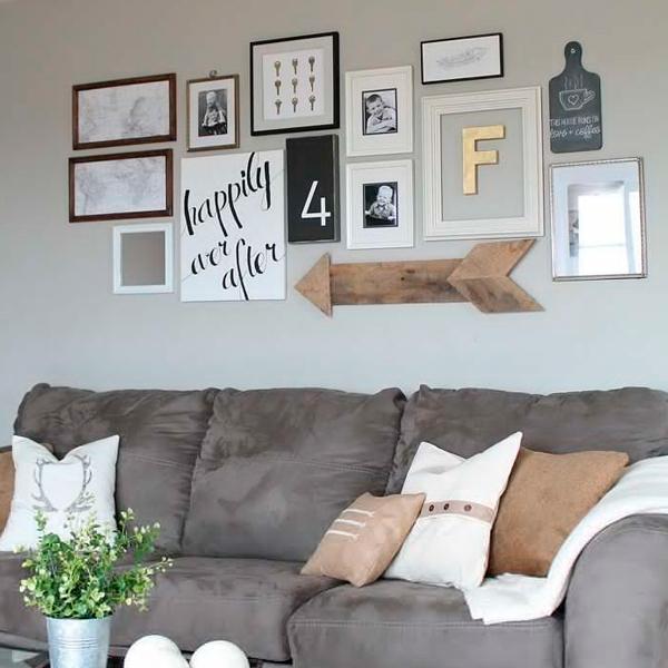 """3107-IMG-02 Missão quem casa quer casa: Decoração das paredes com vários quadros - """"paredes galeria"""""""
