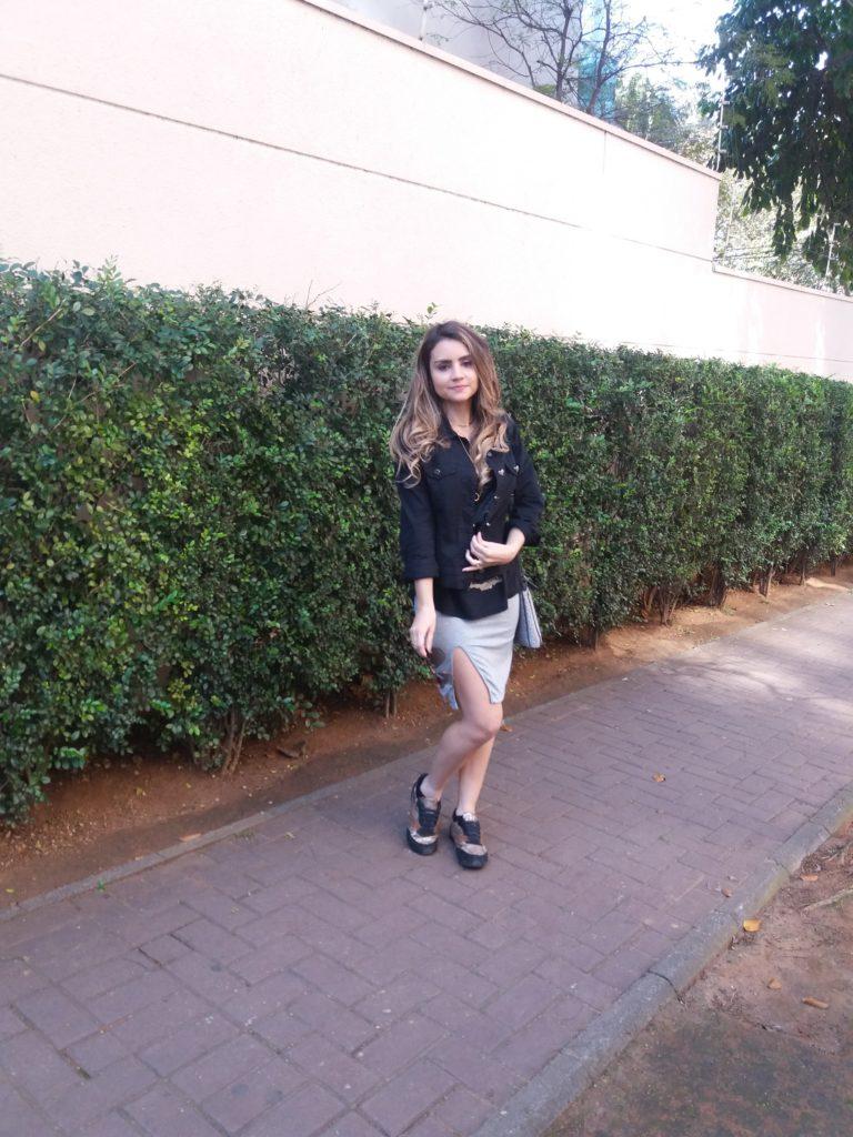 20170827_135749-e1503879493879-768x1024 Look da Ká: Casual Chique com Saia de Fenda