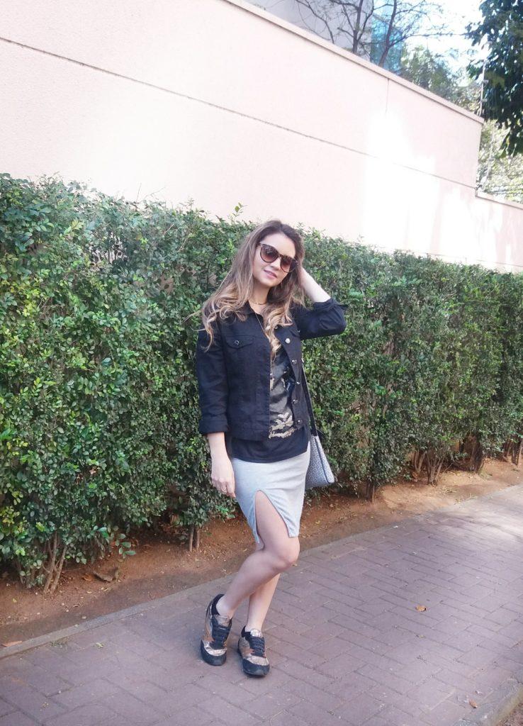 20170827_135802-01-738x1024 Look da Ká: Casual Chique com Saia de Fenda